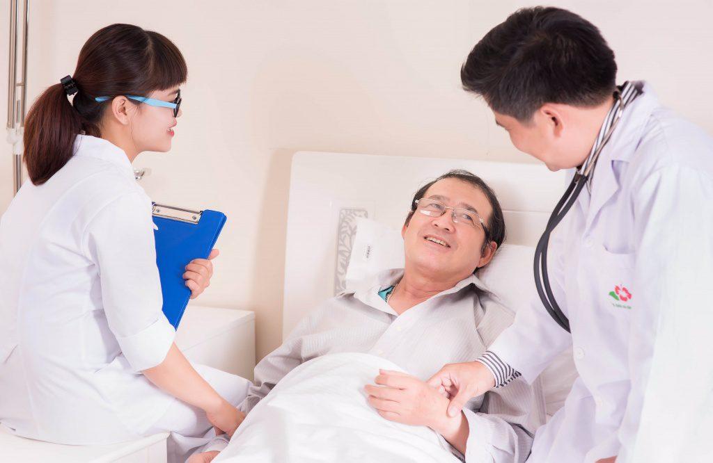 6 Công Ty Chuyên Dịch Vụ Chăm Sóc Người Già Tốt Nhất TP.HCM